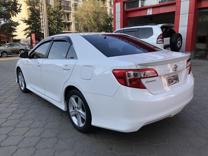 Toyota Camry 2012. Photo 6