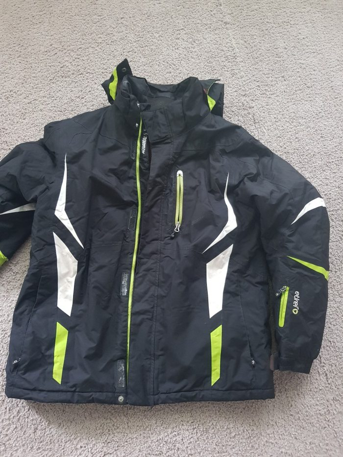 Muska ski jakna xl velicina ocuvana veoma kvalitetna. Photo 0