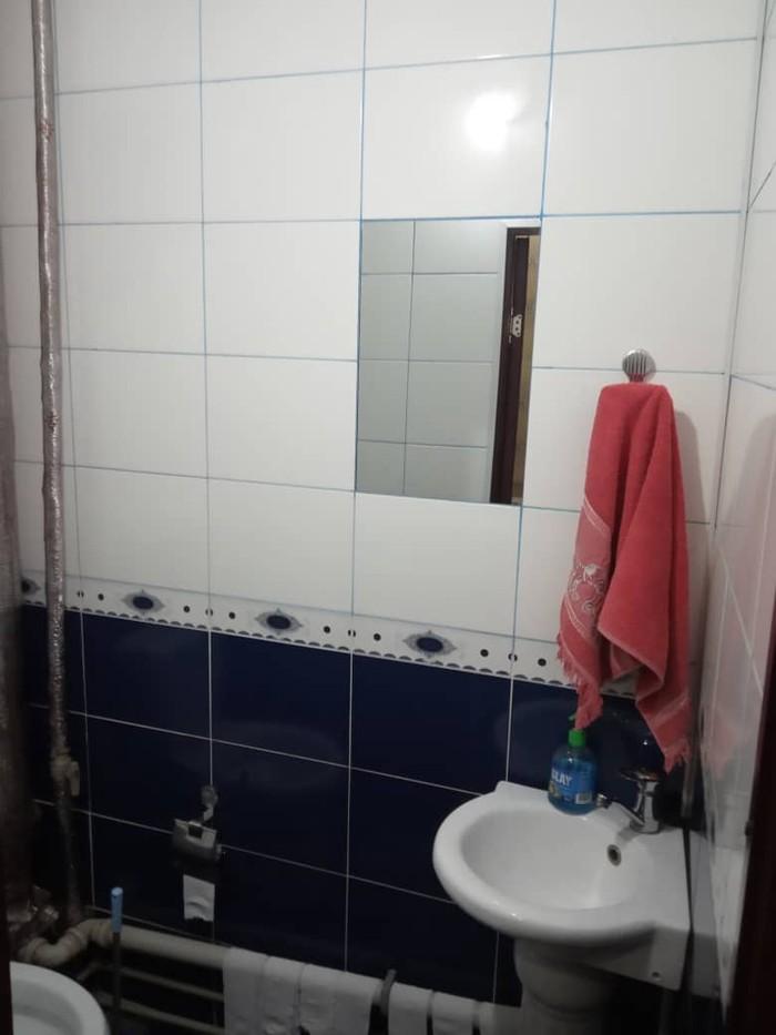 Продается квартира: 3 комнаты, кв. м., Ош. Photo 8