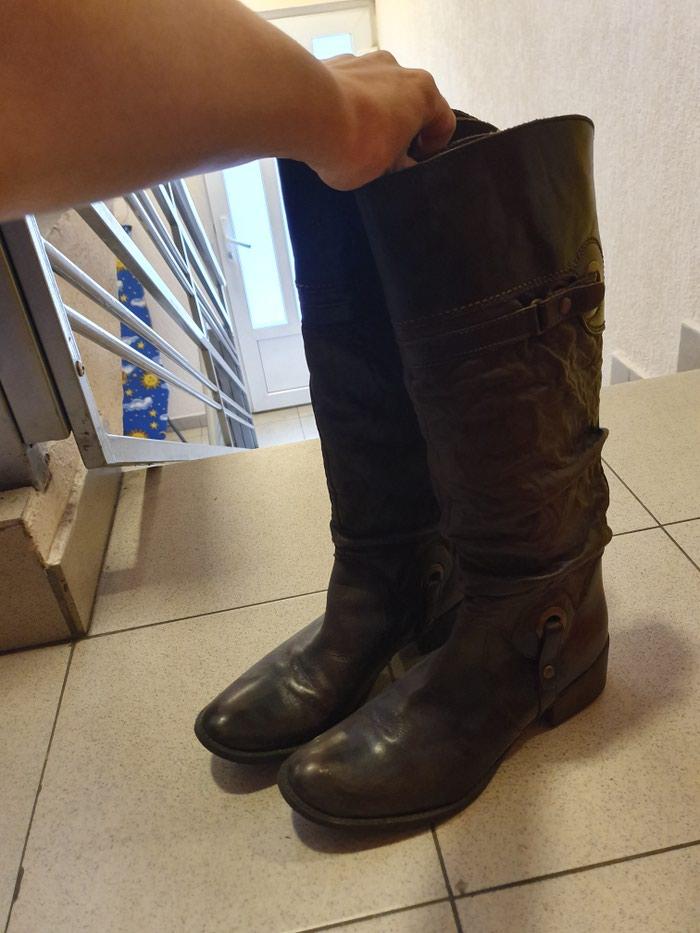 Ženske čizme - Beograd: Zenske cizme bata 38