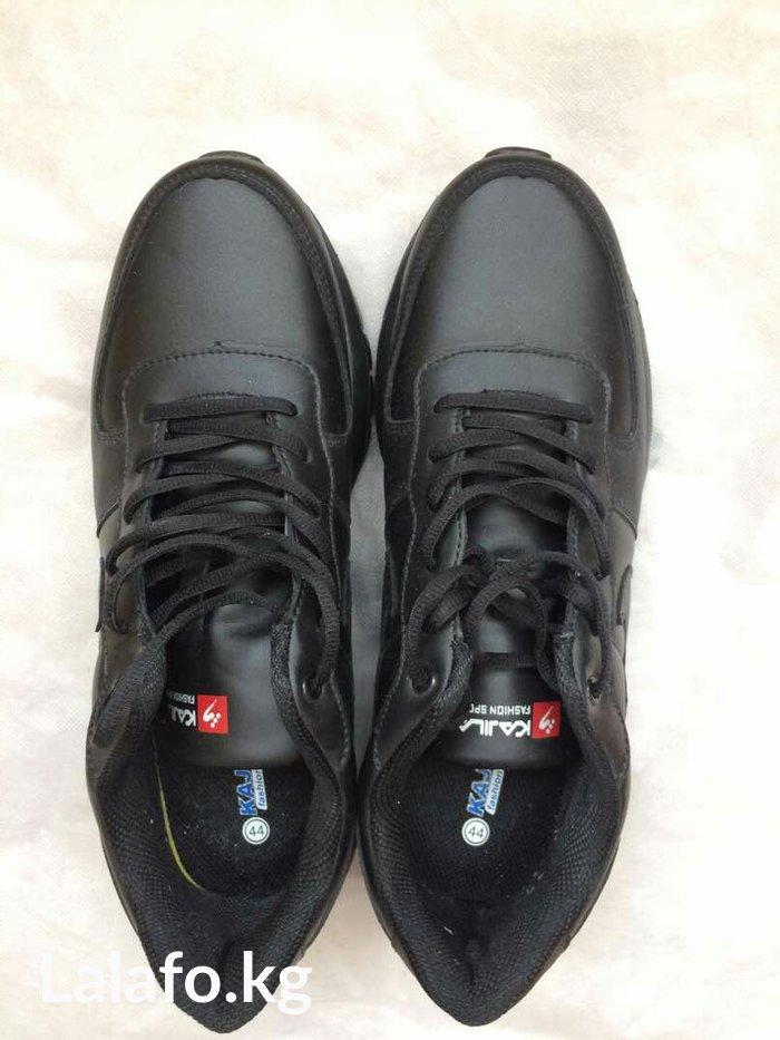 Новые мужские кроссовки. 44 размер. 1700 сом в Бишкек