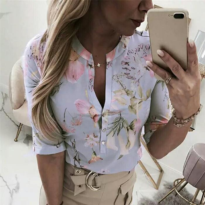 Блузки и рубашки. Photo 3