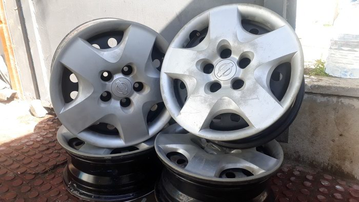 Nissan Xtrail diskileri.15 olcu.Ela veziyyetde.. Photo 1