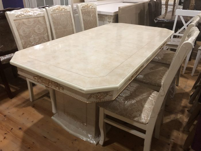 Yevlax şəhərində Dest tumbalı masa. 300 azn dest 550 azn