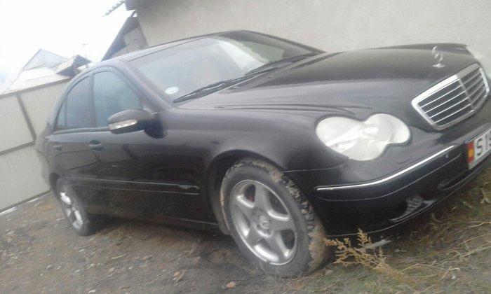 Mercedes-Benz 200 2003. Photo 2