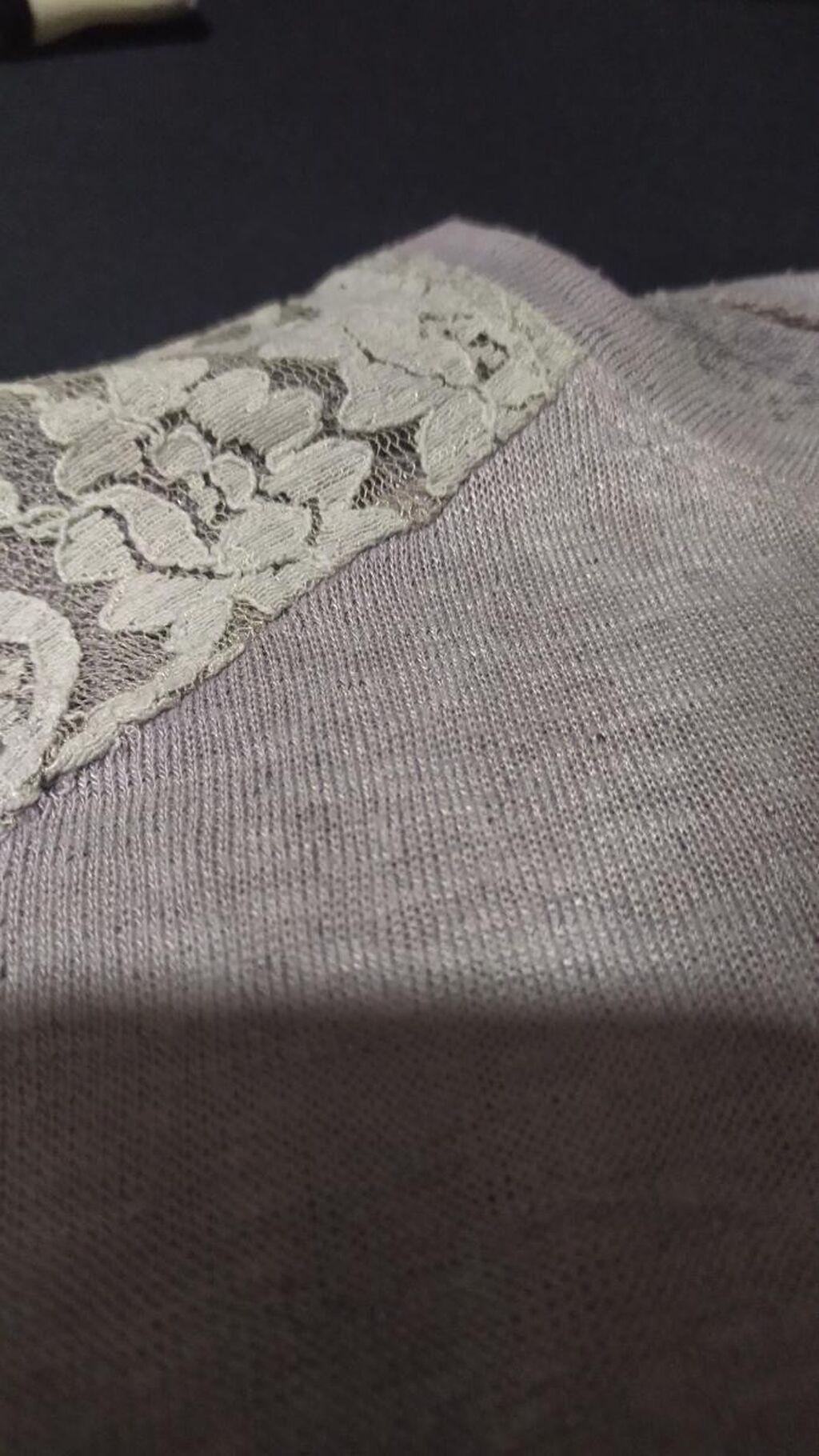 Zenska majica M velicina. Kao Nova bez ikakvih ostecenja