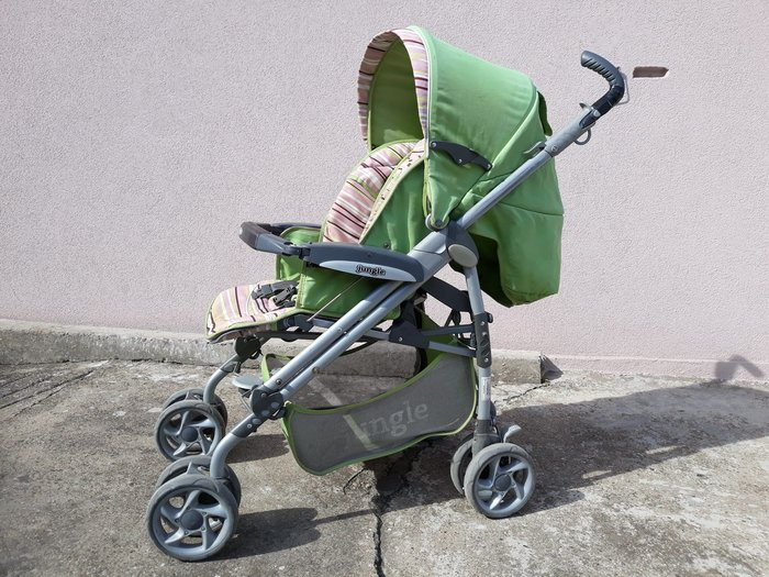 Jungle kolica, polovna, korišćena, u voznom stanju. Kolica imaju dva - Smederevo