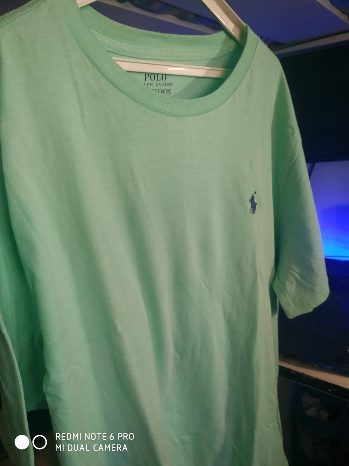 Polo tshirt. Photo 2
