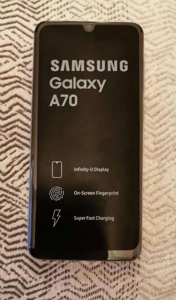Καινούργιο Samsung A70 128 GB άσπρο. Photo 2