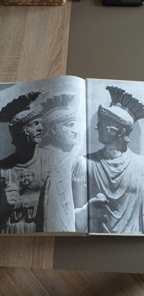 Rim- Istorija. Drevni Rim. 36×26cm.Tvrdo koricena. Nekoristeno.. Photo 4