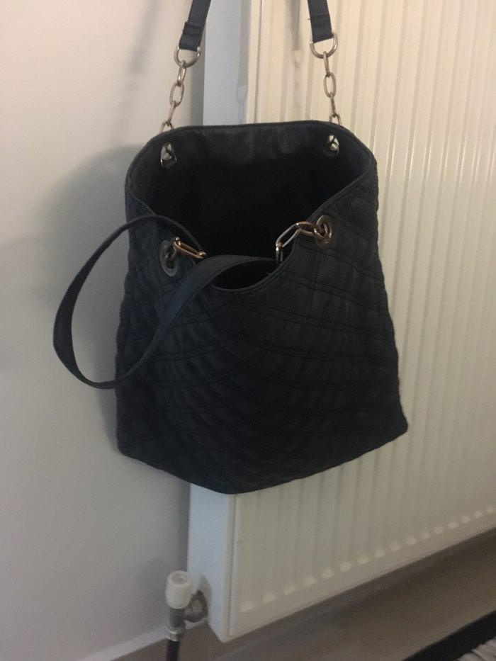 Μαυρη τσάντα αχρησιμοποιητη . Photo 1