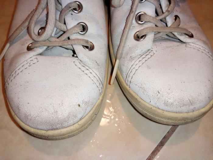 Μεταχειρισμένα άσπρα παππουτσια ECCO. Photo 0