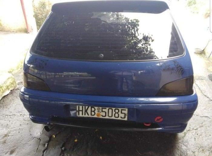 Peugeot 2002. Photo 1