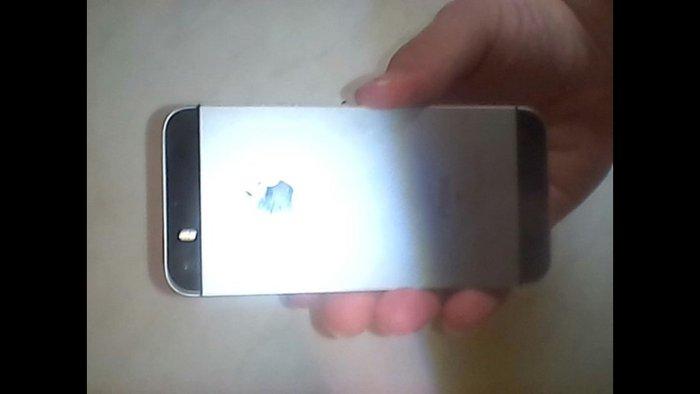Iphone se, 32GB памяти, не поломан всё работает хорошо, пишите, разгов. Photo 2