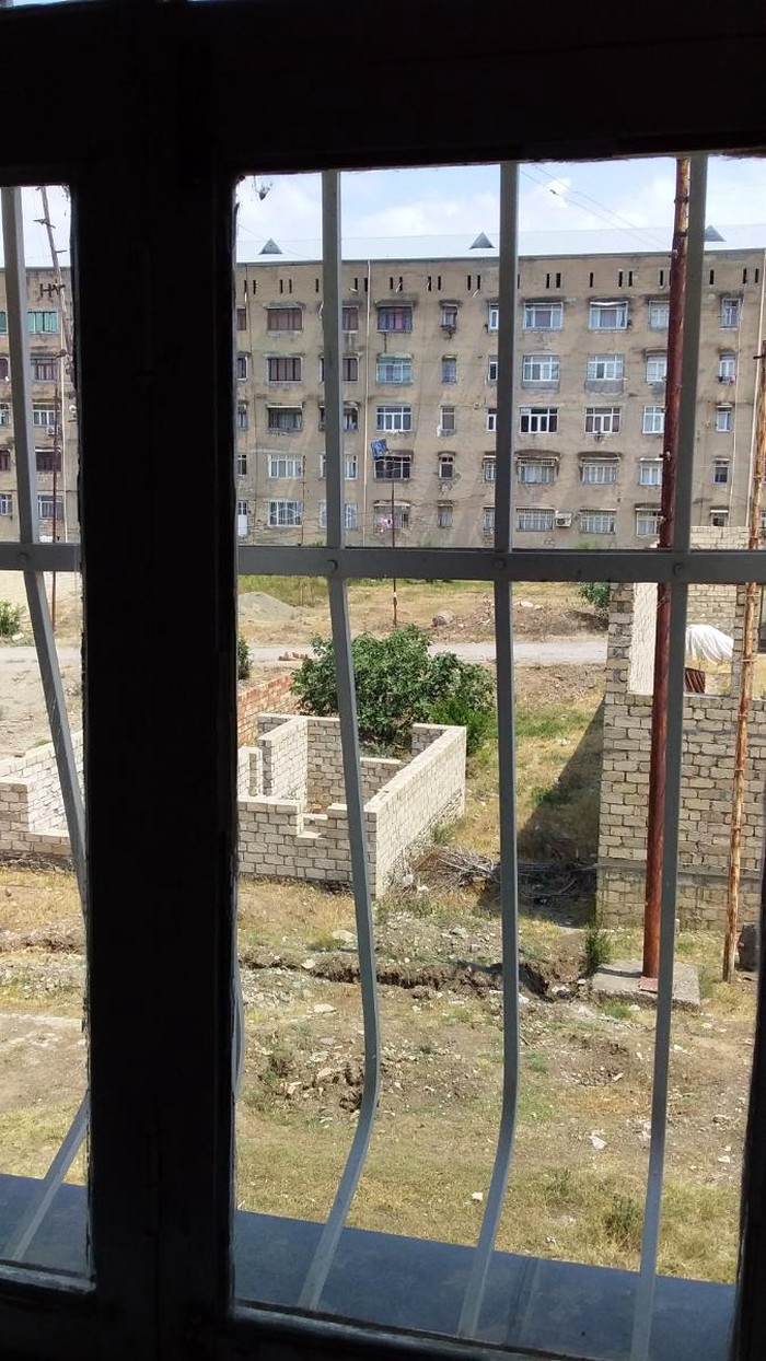 Mənzil satılır: 2 otaqlı, 48 kv. m., Gəncə. Photo 2