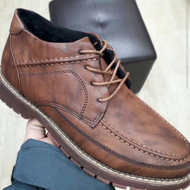 0b9011d0a2ed 39 42 41размер 1550сом, цена  1850 KGS в категории Мужские туфли ...
