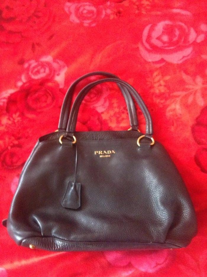 a37f4d856c62 Продаю кожаную сумку Prada в идеальном за 1000 KGS в Бишкеке: Сумки ...