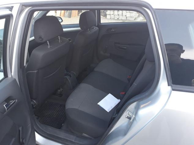 Opel Astra 2008. Photo 5