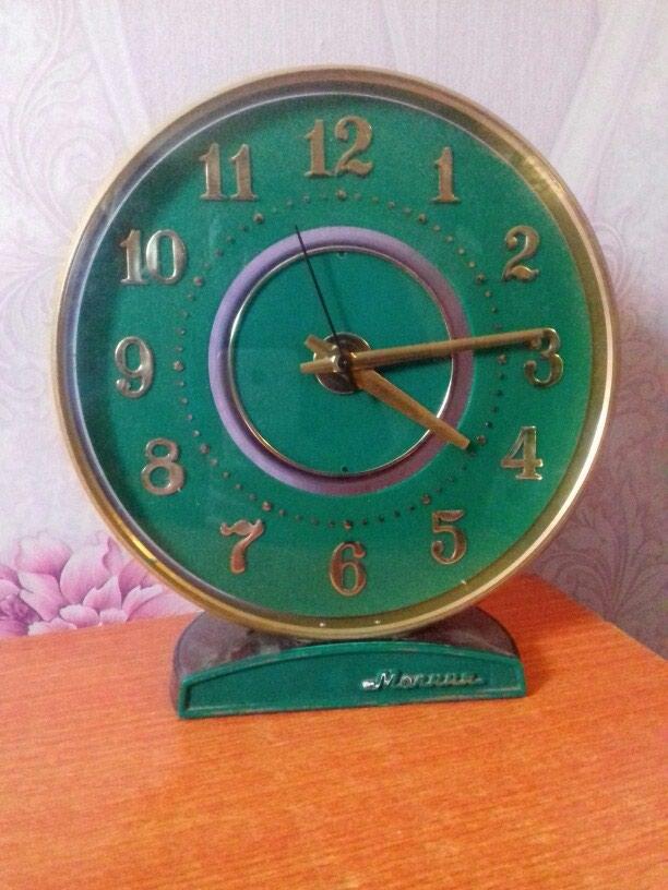 Настольный часы Молния. Механический. СССР.. Photo 0