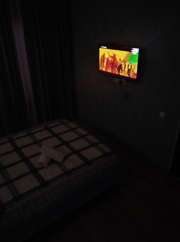 Ждём всех наших гостей))) Условия нашего гостевого дома просто удивят всех без исключения)))Все новое))внутри комнат уют и комфорт)))ночь 999сом