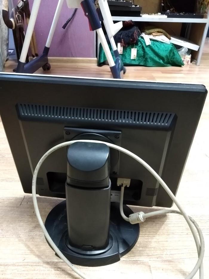 Монитор для работы с графическим дизайном 19 дюймов, сша. Photo 1