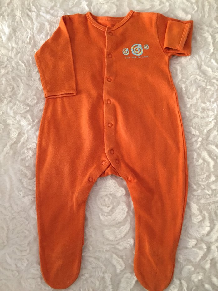 2 babygrows. 0-3 months. Good condition.. Photo 1