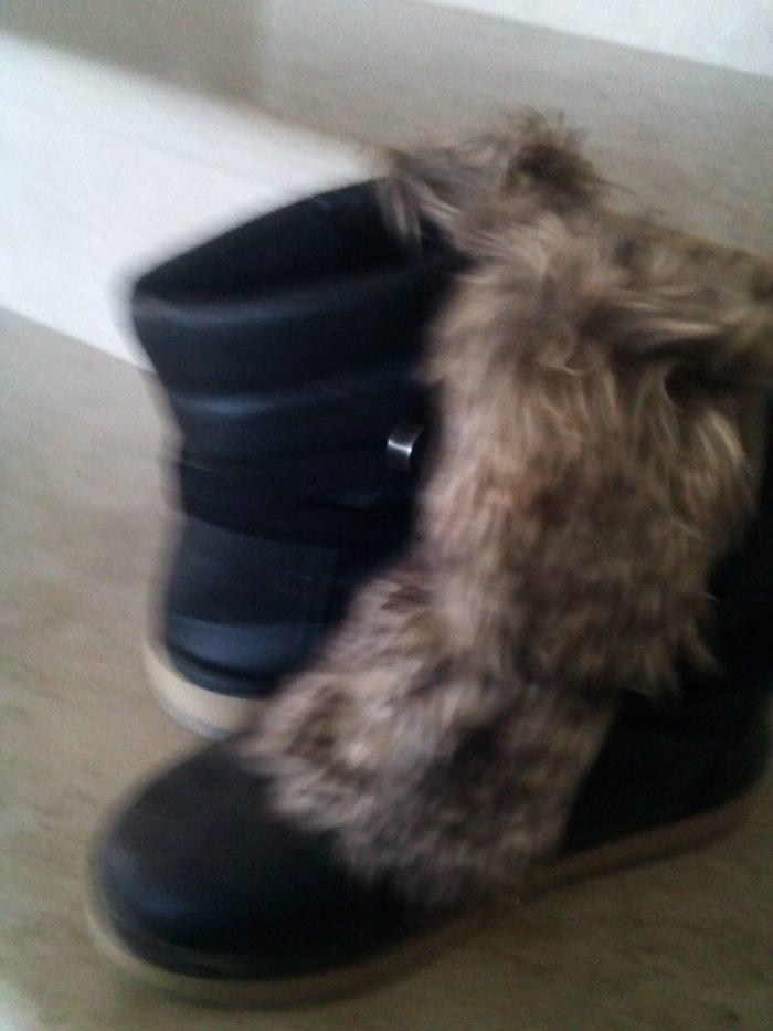Μποτάκια μαύρα no 37 με αποσπώμενη γούνα!!. Photo 1