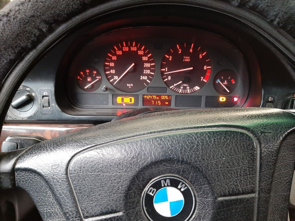 BMW 5 series 2 л. 1998: BMW 5 series 2 л. 1998