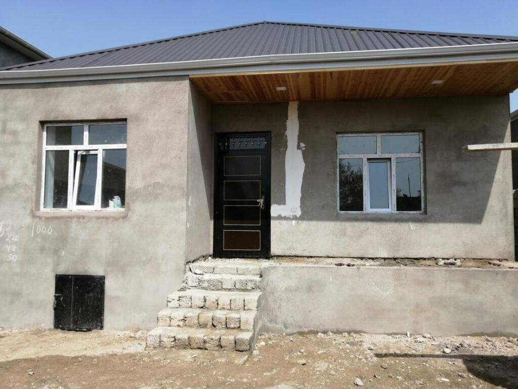 Satış Evlər vasitəçidən: 110 kv. m, 3 otaqlı