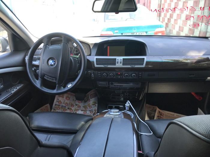 BMW 740 2008. Photo 3