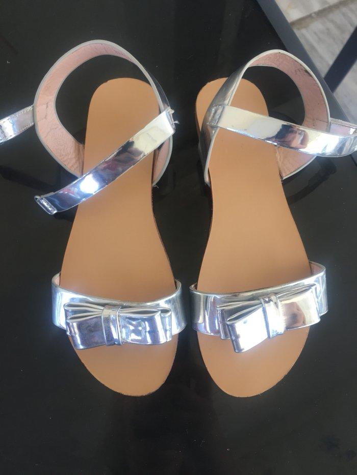 Παιδικα παπουτσια nak 34 νουμερο αγορασμενα 50 ευρω . Photo 2