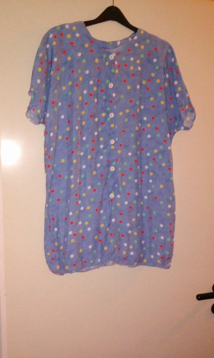 Μπλουζάκι βαμβακερό  σε άριστη κατάσταση μέγεθος . Photo 0