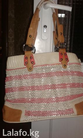 ecc3133812cd сумка в отл. состоянии за 399 KGS в Бишкеке: Сумки на lalafo.kg