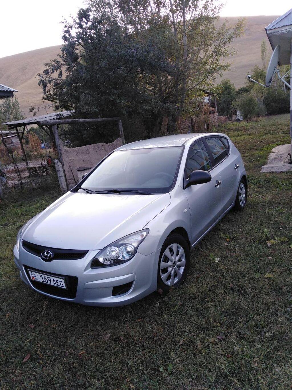 Hyundai i30 1.4 л. 2009   167000 км