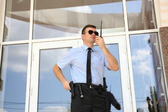Bakı şəhərində Muhafize şirketine muhafize beyler teleb olunur..iş saatı