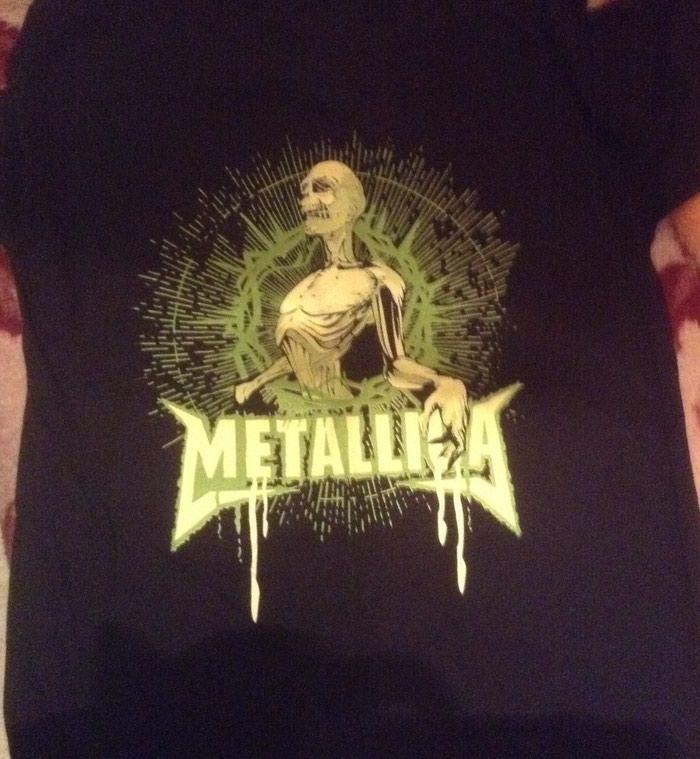 Metallica tshirt large