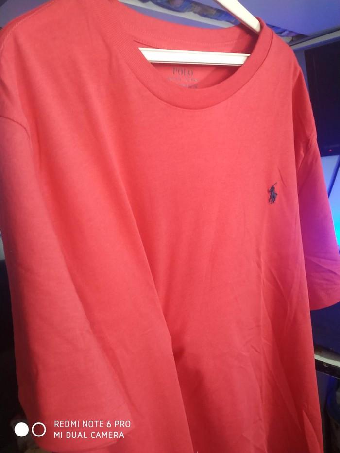 Polo tshirt. Photo 0