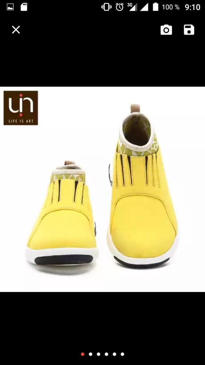 Ботинки. Photo 0