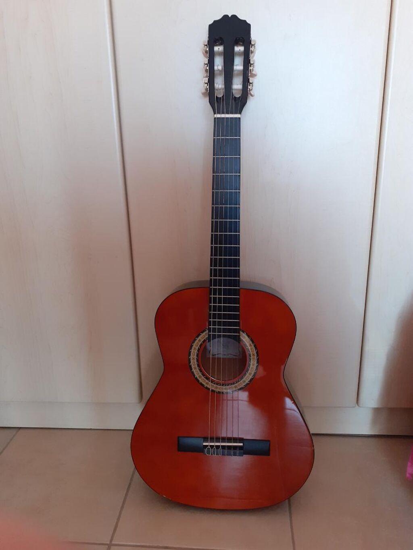 Miguel Almeria Classic guitar 3/4 + Τσαντα