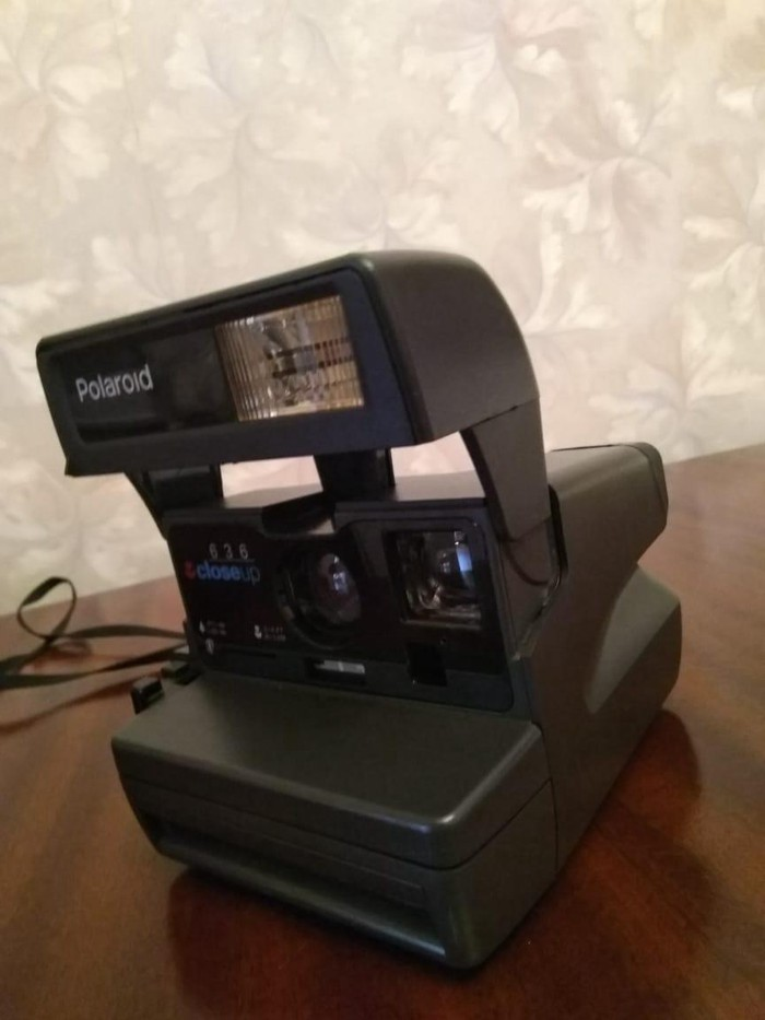 Fotoaparat Polaroid. Photo 0