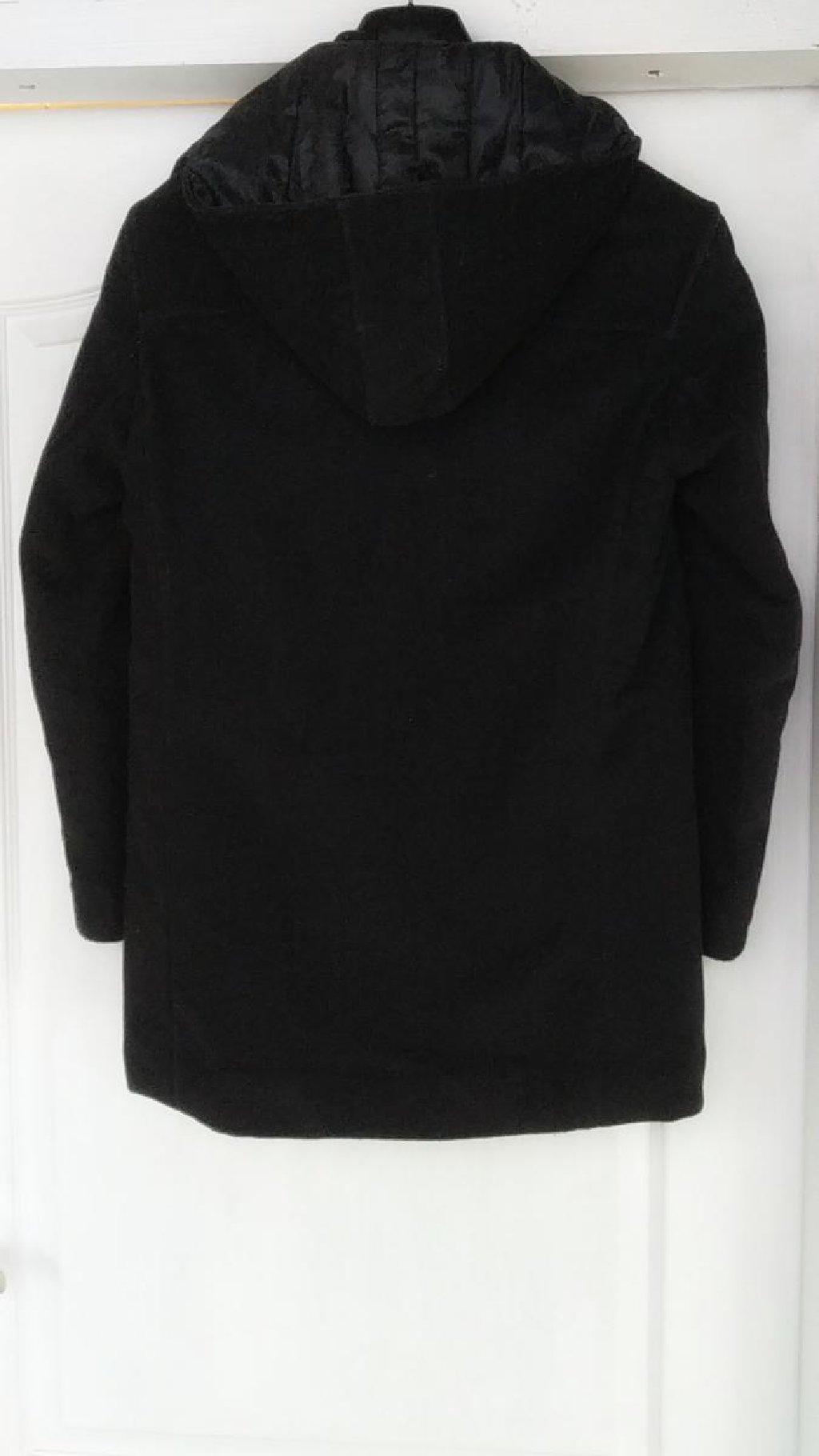 Pravi zimski kaput za dečake (12-13god) u crnoj boji