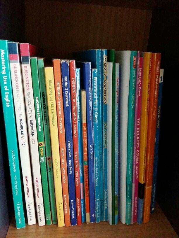 Διάφορα βιβλία εκμάθησης αγγλικών και γαλλικών. Photo 0
