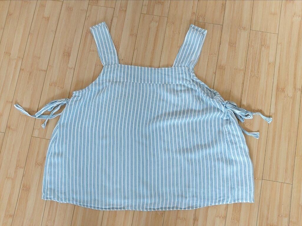 H&M Majica/Bluza (Svajcarska)H&M Majica/Bluza. Broj: 42: H&M Majica/Bluza (Svajcarska)H&M Majica/Bluza. Broj: 42