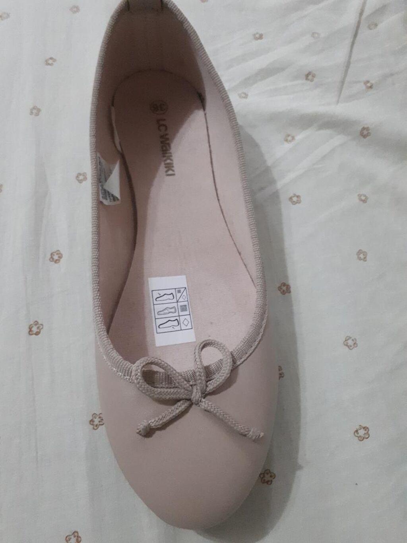 Zenske cipele waikiki