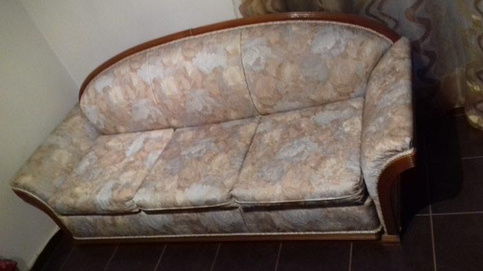 Τριθέσιος Καναπές και Πολυθρόνα σε άριστη κατάσταση . Photo 2