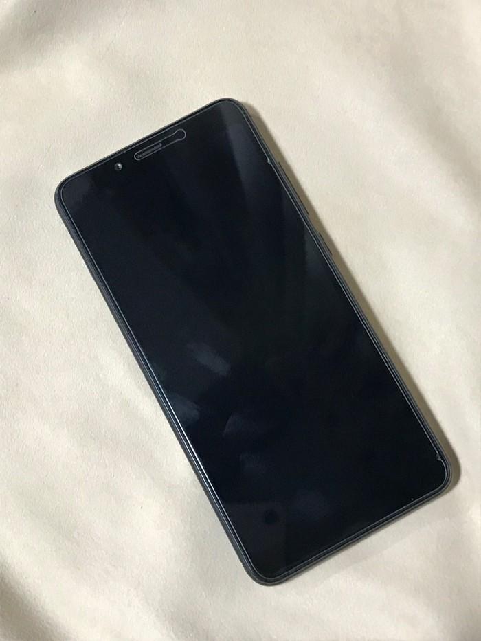 Б/у Xiaomi Redmi 6 32 ГБ Черный. Photo 2