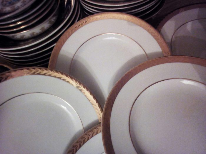 Тарелки, десертные лфз 25 манат. Photo 2