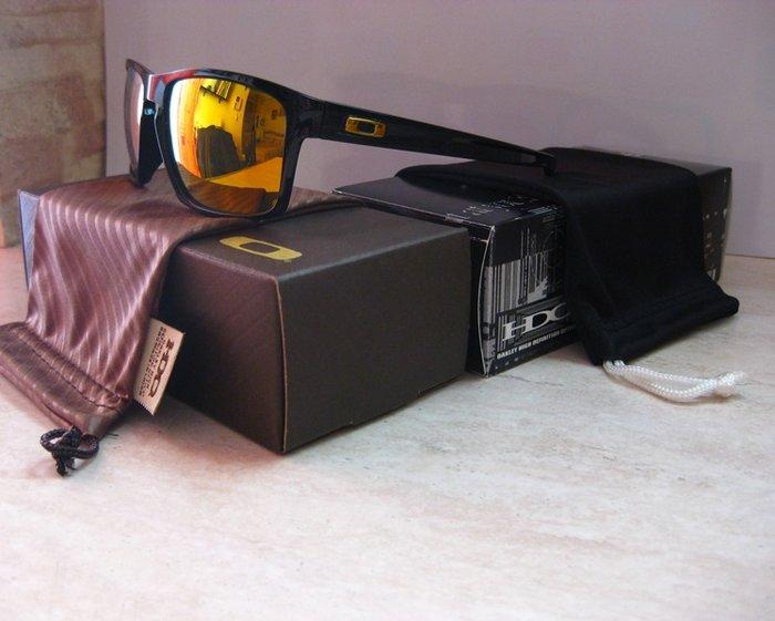 9d434d170e Πωλούνται καινούργια γυαλιά ηλίου Oakley Sliver σε διάφορα for 45 ...