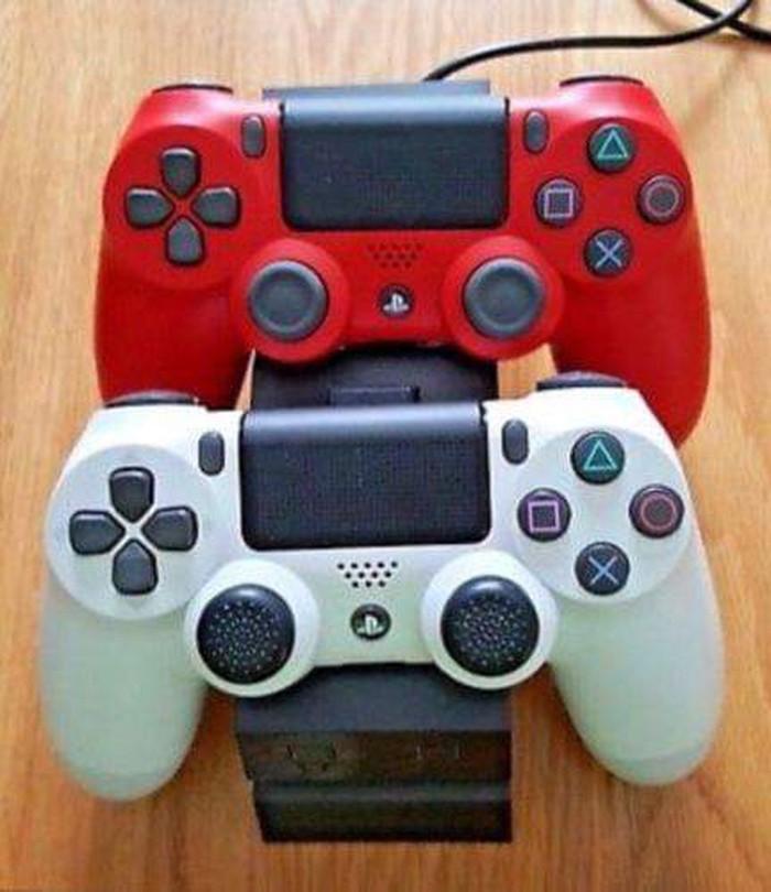 Ολοκαίνουργιο PS4 με 5 δωρεάν παιχνίδια. Photo 0