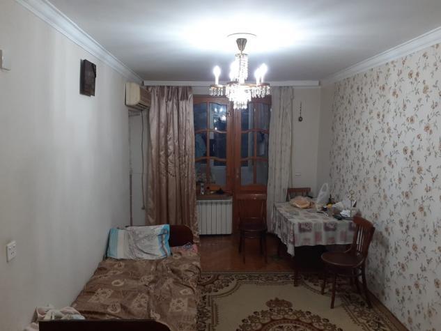 Mənzil satılır: 3 otaqlı, 75 kv. m., Bakı. Photo 2